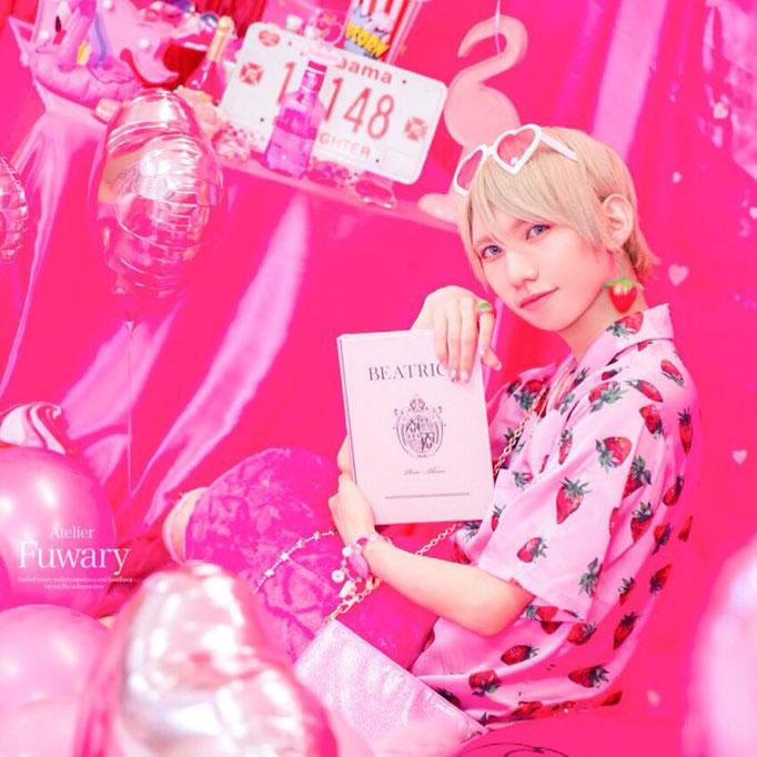 江崎びす子漫画家ピンク